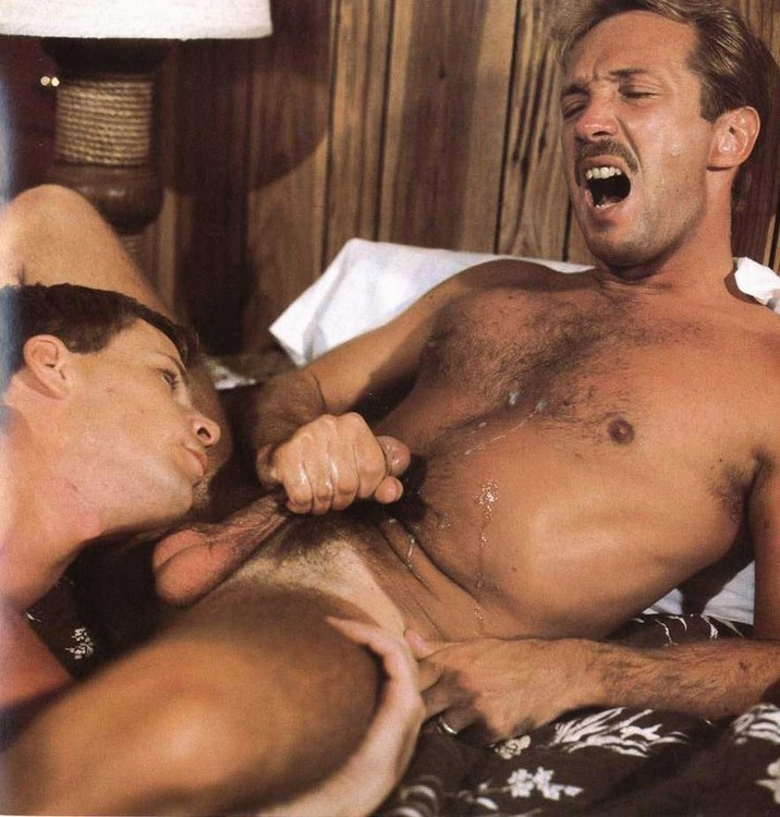 gay men sucking own cocks